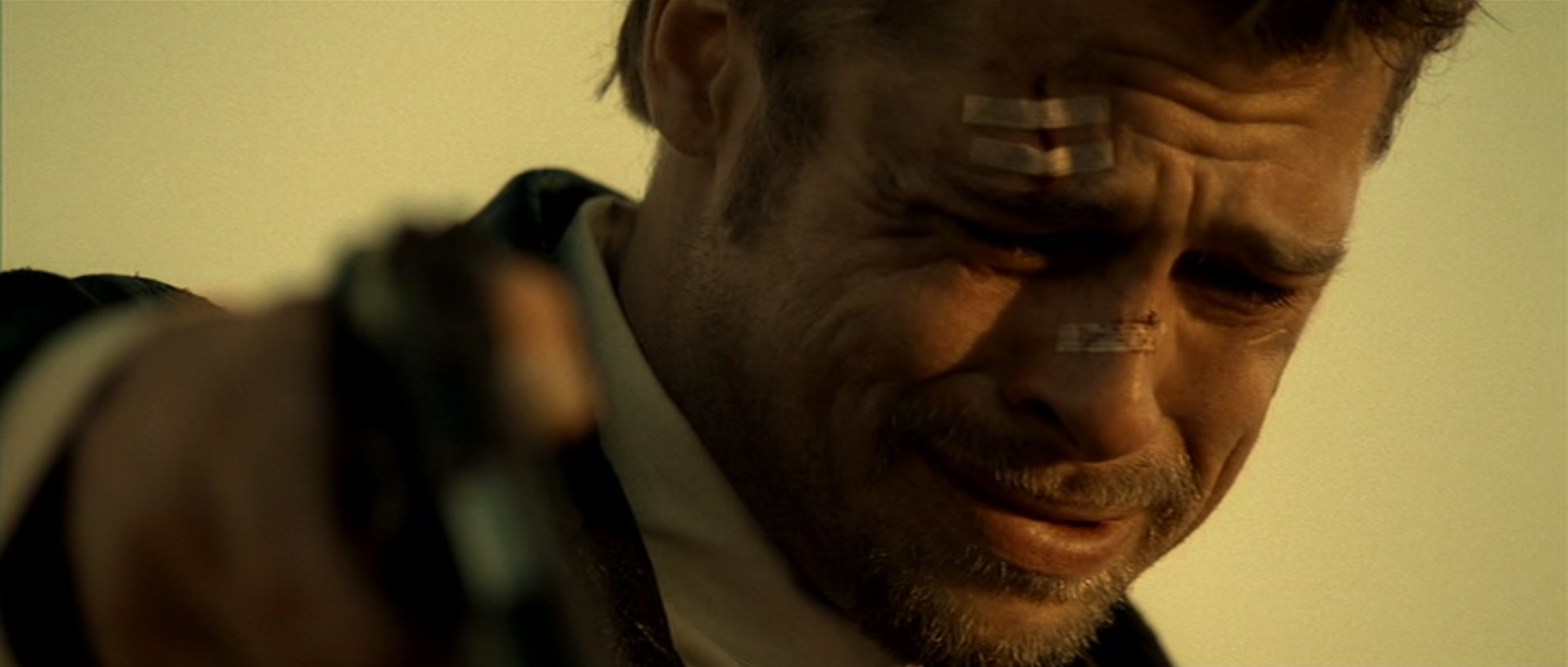 brad-pitt_se7en-crying