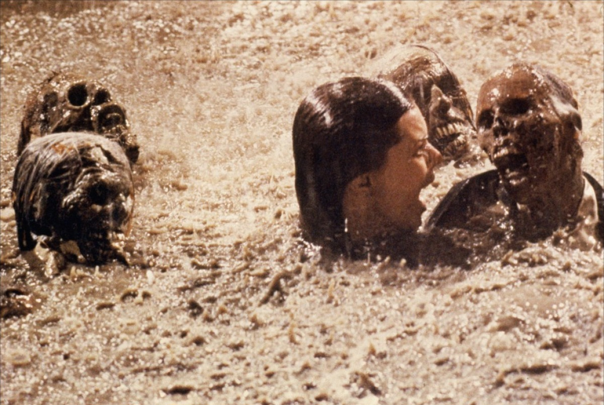 poltergeist-the-pool-scene