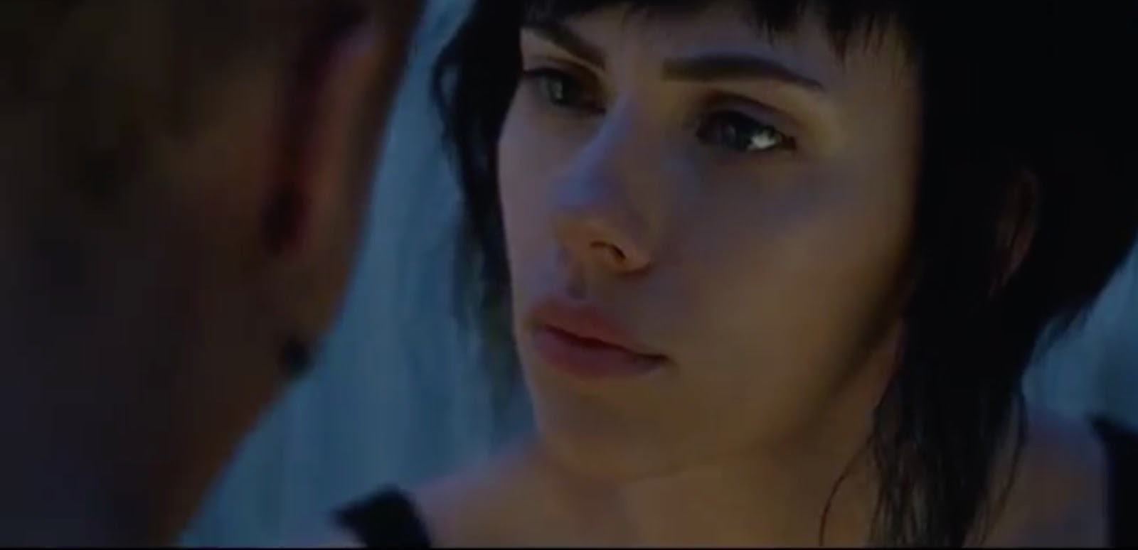 scarlett_johansson-ghost_in_the_shell-screen_shot-007