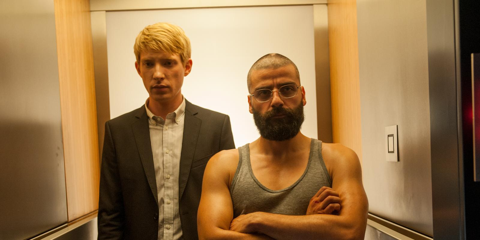 landscape_movies-ex-machina-domhnall-gleeson-and-oscar-isaac