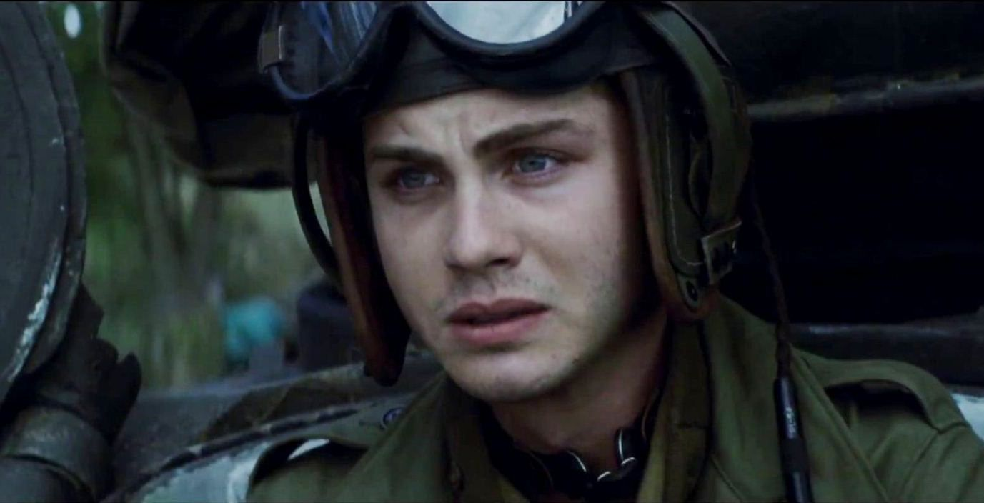 logan-lerman-in-fury-movie-7