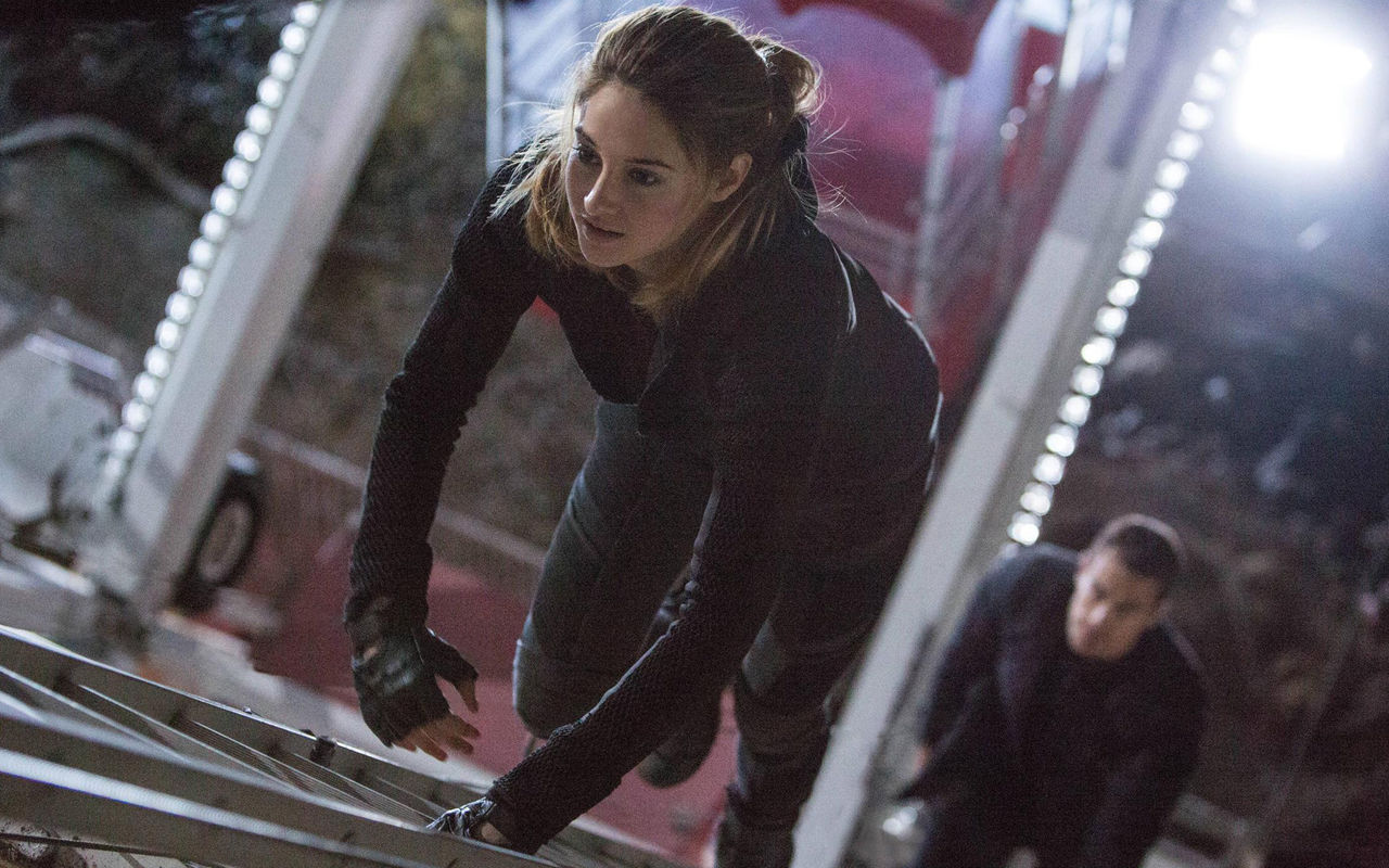 shailene-woodley-divergent-movie-1920x1200